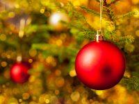 Boules de Noël chez Charbonneau l'Expert