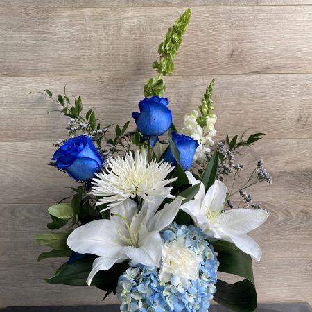 BOUQUET BEAUTIFUL IN BLUE